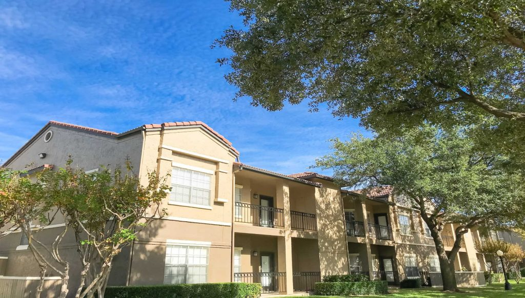 A picture of a Class B multifamily property in Texas