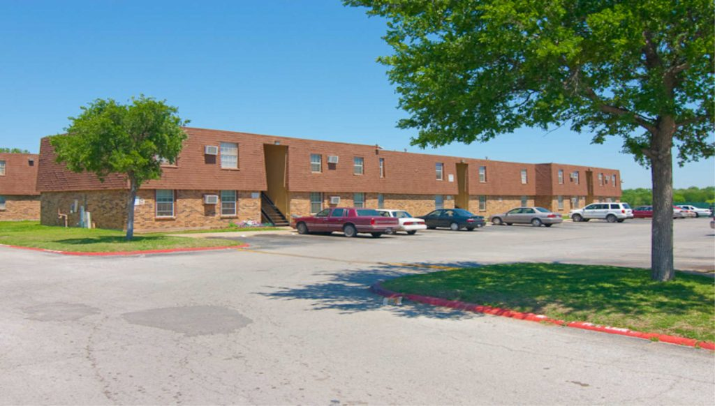A picture of a Class D multifamily property in Texas